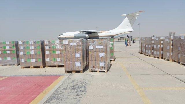 Llegada de suministros médicos a Mazar-e Sharif