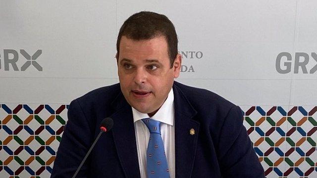 El portavoz de Vox en el Ayuntamiento de Granada, Onofre Miralles