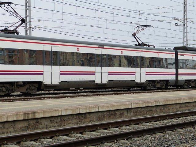 Archivo - Arxiu - Imatge de recurs d'un tren de Rodalies