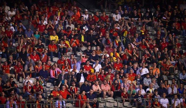 Aficionados belgas durante un partido de su selección en la fase de clasificación para el Mundial