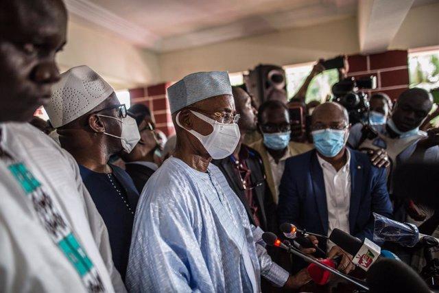 Archivo - El líder opositor guineano Cellou Dalein Diallo