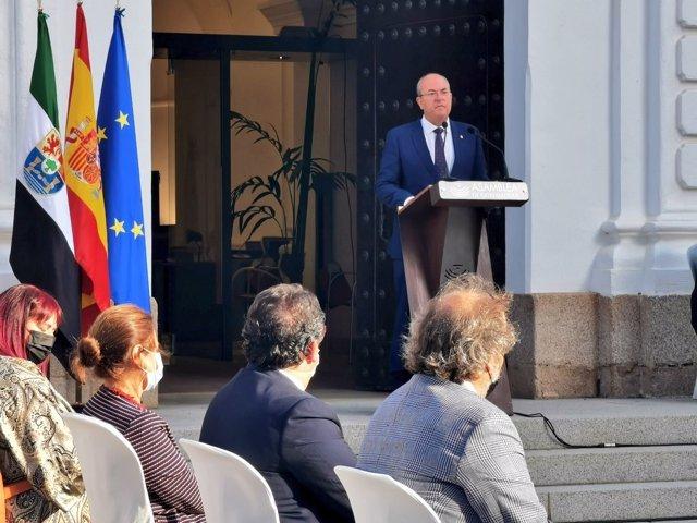 El presidente del Grupo Popular, José Antonio Monago, interviene en el Día de Extremadura