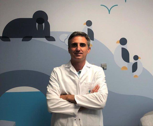 El doctor Rafael González de Caldas, pediatra del Hospital Quirónsalud Córdoba.