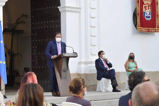 El alcalde de Mérida, Antonio Rodríguez Osuna, en su discurso en el acto institucional en la Asamblea con motivo de la celebración del Día de Extremadura 2021