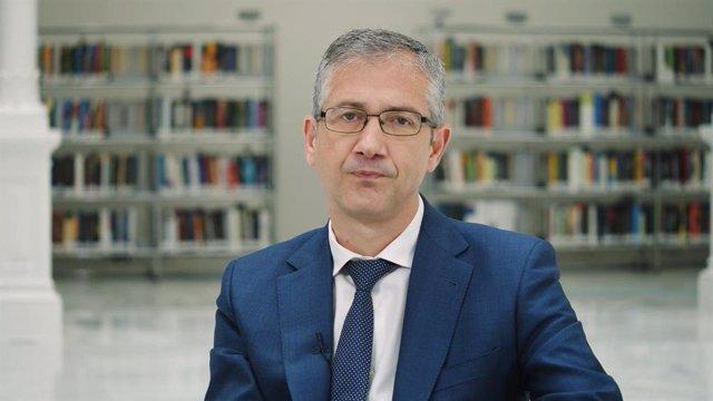 Archivo - El gobernador del Banco de España, Pablo Hernández de Cos, en un mensaje que acompaña al Informe Anual de 2020.
