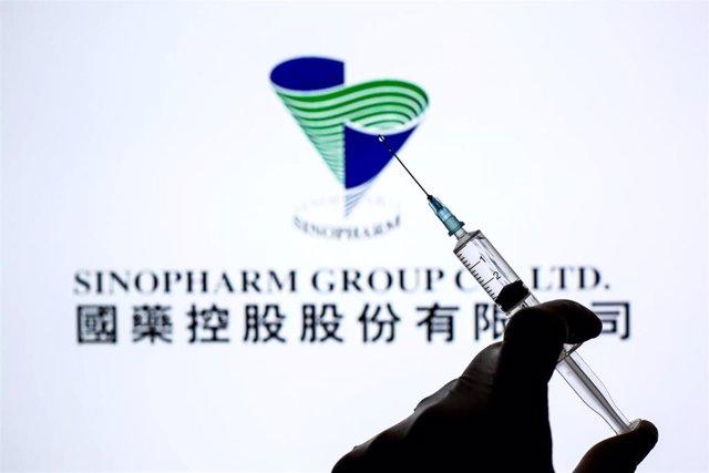 Archivo - Dosis de la vacuna del laboratorio chino Sinopharm contra el coronavirus