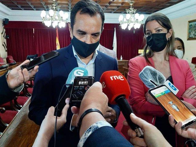 Archivo - El secretario general de Infraestructuras, Sergio Vázquez Torrón, en un acto en Lugo