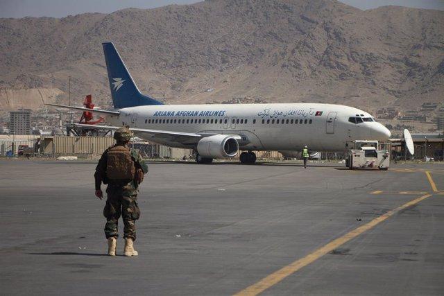 Arxiu - Represa dels vols interns a Kabul