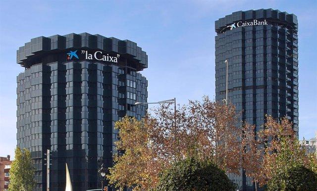 Archivo - Sede de CaixaBank.