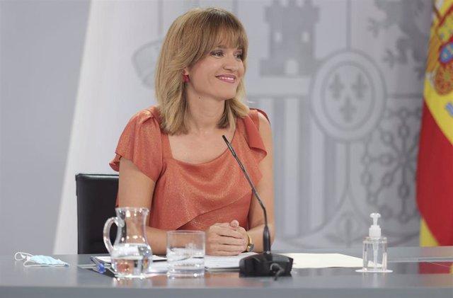 La ministra de Educación y Formación Profesional, Pilar Alegría, comparece tras la reunión del Consejo de Ministros, a 7 de septiembre de 2021, en Madrid (España).