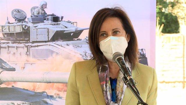 La ministra de Defensa, Margarita Robles, en declaraciones a los medios.