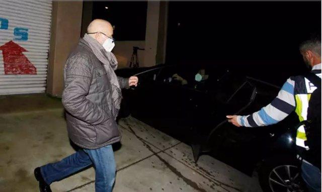 El presidente del Colegio de Enfermería de Pontevedra, Carlos F.G., que fue detenido junto a su mujer e hija en marzo de 2021, todos investigados por administración desleal, blanqueo de capitales y falsedad documental.