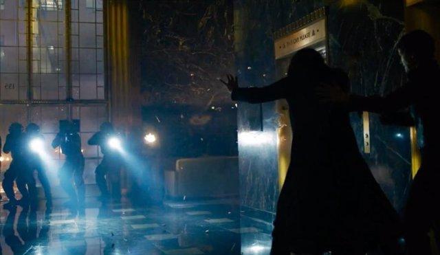 Matrix 4: Resurrections lanza cientos de miles de teasers tráilers con el nuevo Neo de Keanu Reeves y el joven Morpheo