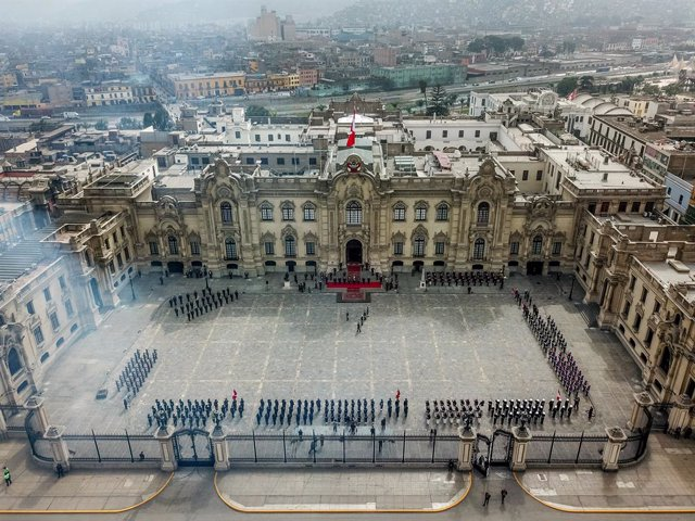 Archivo - HANDOUT - 05 August 2021, Peru, Lima: A general view of the ceremony marking the appointment of the President of Peru Pedro Castillo as commander-in-chief of the armed forces and police. The village school teacher was sworn in as president at th