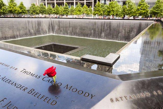 Monument a la memòria de les víctimes de el 11 de setembre de Nova York