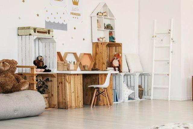 Optimiza la pared de la zona de estudio infantil
