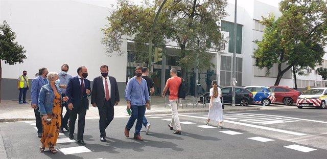 Cabrera y Páez, ante el nuevo cruce semafórico ante los itinerarios escolares del 'Antonio Machado' y 'Al Andalus'