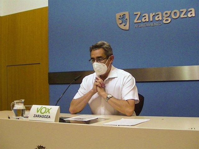 Archivo - El portavoz del grupo municipal de VOX, Julio Calvo