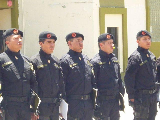 Archivo - Grupo especial de la Policía boliviana