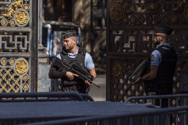 Vigilancia policial por el inicio del juicio por los atentados de París