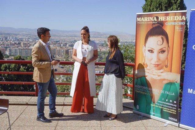 Presentación de la programación del auditorio Manuel de Falla con Marina Heredia en el centro