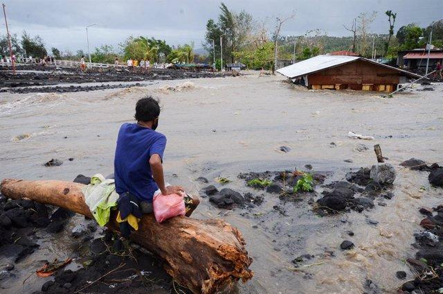 Archivo - Imagen de archivo de inundaciones en Filipinas.