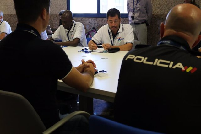 Archivo - Efectivos de la Policía Nacional que participan en en el proyecto ECI-Níger gestionado por FIIAPP y financiado por la UE