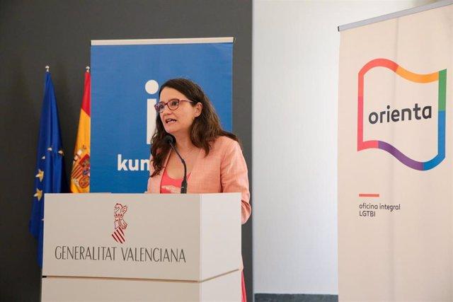 Archivo - Oltra presenta 'Kumpania' y 'Orienta'