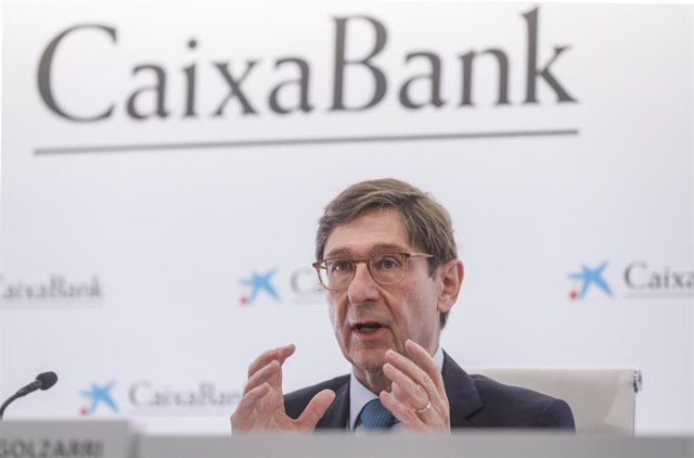 Archivo - El presidente de CaixaBank, José Ignacio Goirigolzarri, interviene durante una rueda de prensa en la Sede social de CaixaBank, en la Sede social de CaixaBank, Valencia, Comunidad Valenciana, (España), a 26 de marzo de 2021.