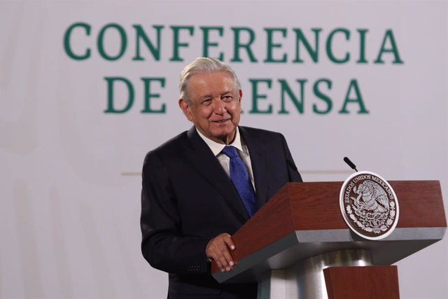 Archivo - 23 July 2021, Mexico, Mexico City: Mexican President Andres Manuel Lopez Obrador speaks during his daily press conference at the National Palace. Photo: -/El Universal via ZUMA Press Wire/dpa