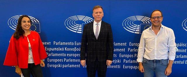 El eurodiputado, César Luena, mantiene una reunión con el ministro de Cambio Climático de Misiones de Argentina