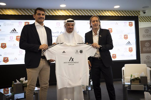 Iker Casillas inaugura su Academy en Dubái