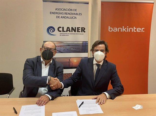 El presidente de Claner, Alfonso Vargas, y el subdirector general de Bankinter y director de Organización en Andalucía, Juan Carlos Barbero