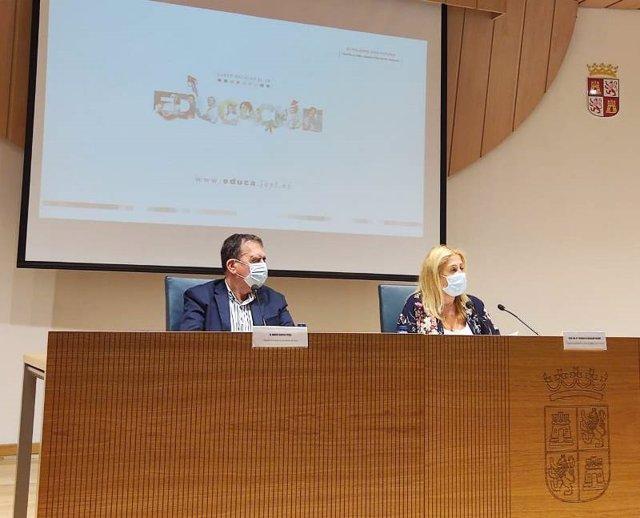 Javier Barrio y Yolanda de Gregorio presentan las novedades del curso escolar en Soria.