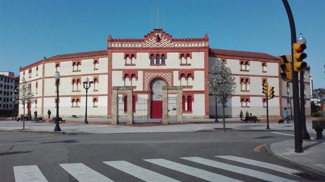 Archivo - Plaza de Toros de Gijón, El Bibio
