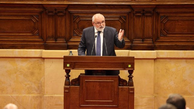 Arxiu - El diputat de Vox al Parlament Andrés Bello