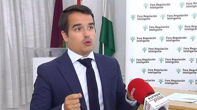 Director de Foro Regulación Inteligente, Diego Sánchez de la Cruz,