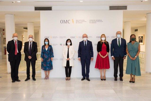 Acto de toma de posesión de la nueva Comisión Permanente del Consejo General de Colegios Oficiales de Médicos de España (CGCOM), que se ha celebrado este jueves en la sede del Ilustre Colegio Oficial de Médicos de Madrid.