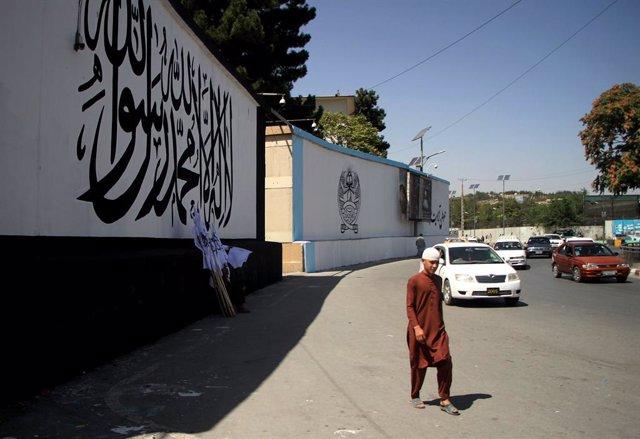 Murales pintados en Kabul tras el ascenso de los talibán
