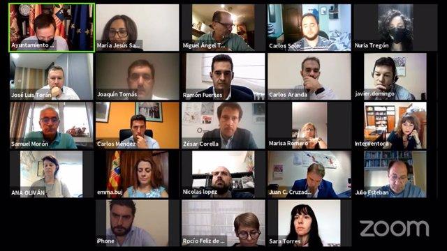 Pleno extraordinario del Ayuntamiento de Teruel.
