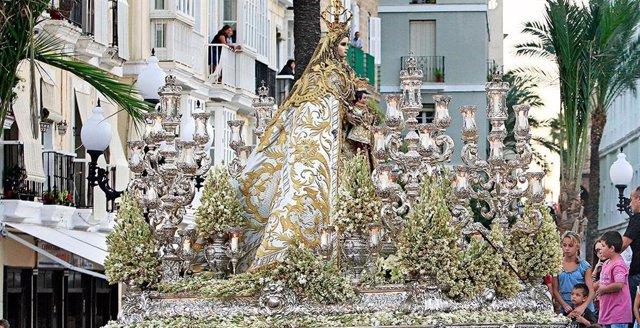 Archivo - Virgen del Rosario, patrona de Cádiz