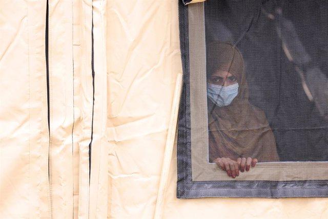 Mujer afgana evacuada a Alemania