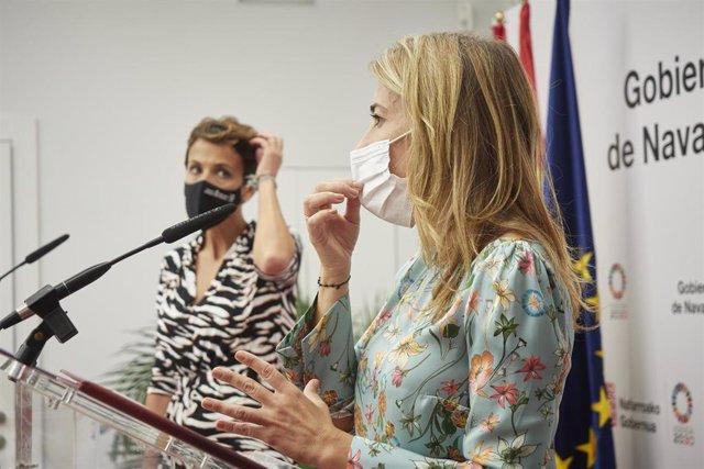 La ministra de Transportes, Movilidad y Agenda Urbana, Raquel Sánchez (d), con la presidenta del Gobierno de Navarra, María Chivite, en Pamplona.
