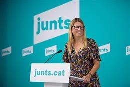 Arxiu - La vicepresidenta de Junts, Elsa Artadi, en una conferècia de premsa