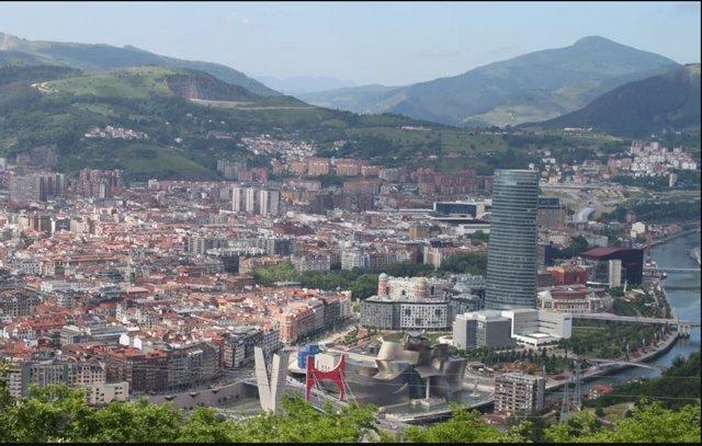 Archivo - Panorámica de Bilbao
