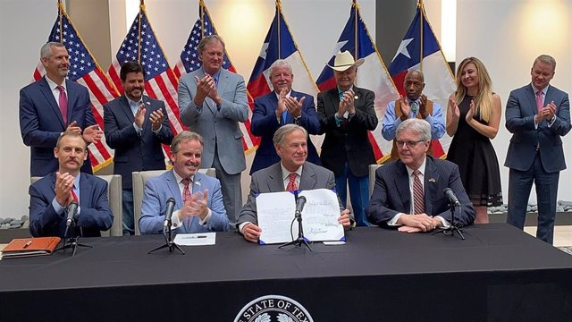 El gobernador de Texas, Greg Abbott