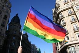 Archivo - Recurso de imagen de una bandera arcoíris.