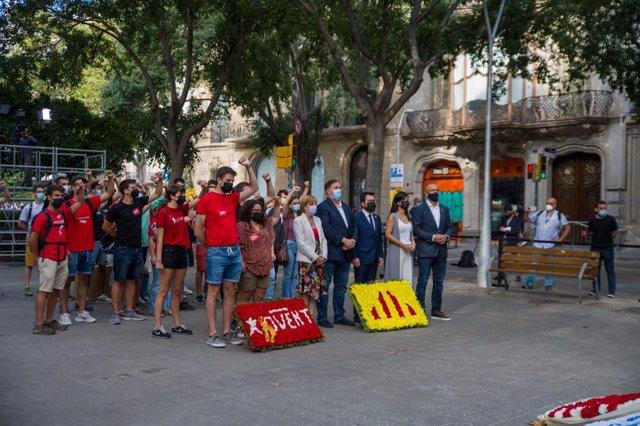 Ofrena d'ERC davant el moment de Rafael Casanova a Barcelona per la Diada, encapçalada per Alba Vergés, Oriol Junqueras, Pere Aragonès, Marta Vilalta i Raül Romeva