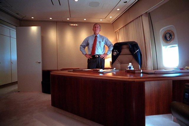 Archivo - Arxiu - George W. Bush, durant els atacs de el 11-