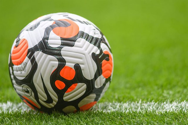 Archivo - Premier League match ball during the Pre-Season Friendly football match between Liverpool and Athletic Bilbao on August 8, 2021 at Anfield in Liverpool, England - Photo Philip Bryan / ProSportsImages / DPPI